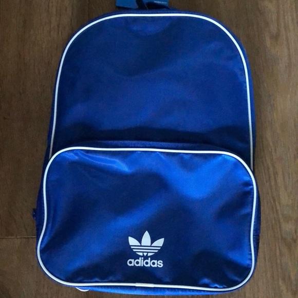 33e0187ff9f5 adidas Originals Santiago backpack
